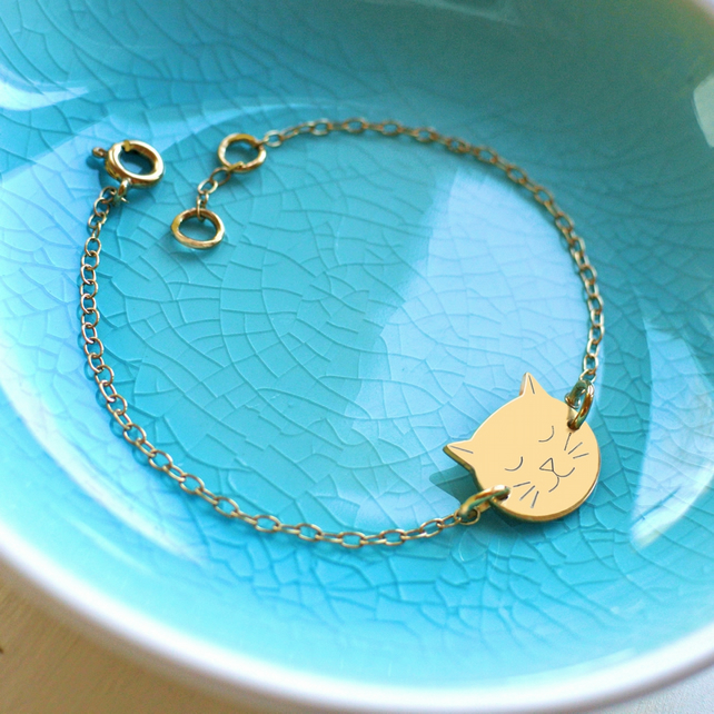 Personalised Gold Little Cat Face Bracelet, gift for cat lovers, cat bracelet