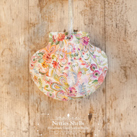 Hanging Hippie Flower Decoration on Giant Scallop Shell by Netties Shells