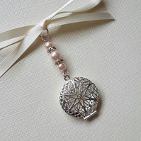 Wedding Bouquet Charm Round Filigree Silver Charm Photo frame Pendant Locket