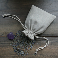 Cotton sachet with lavender buds and amethyst gemstone