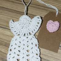 10cm White Crochet Guardian Angel and gift tag