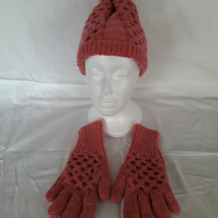 Hand knitted Wool Hat and Gloves