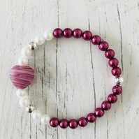 Pink heart with damson pink and white beaded handmade stretch bracelet