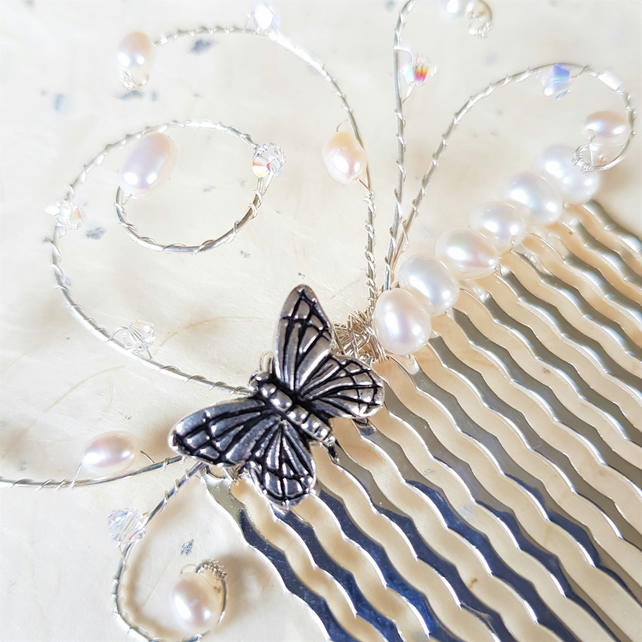 Silver-plated butterfly hair comb with Swarovski crystal and freshwater pearls