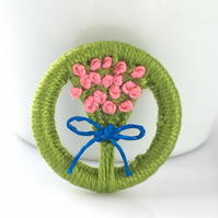 Dorset Button Brooch posy style with pink flowers and blue bow