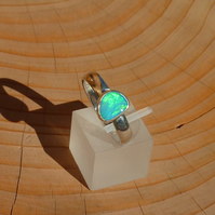 Bright green opal ring, size R
