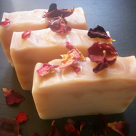 'Rosa'; spa soap with Rose Geranium, Frankincense & Palmarosa...Reduced!