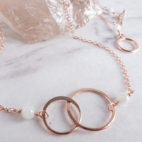 Interlocking Circles Rose Gold and Jade Necklace