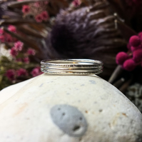 Skinny sterling silver stacking rings set of three, Skinny hammered rings