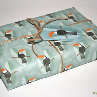 Eco Toucan - Recyclable gift wrap and gift tag