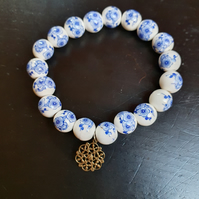 White and Blue ceramic beads bracelet