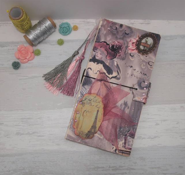 Midori Journal suitabe for art journalling, project ideas or as travel journal