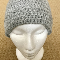 Women's Crochet Beanie With Rim. Grey.