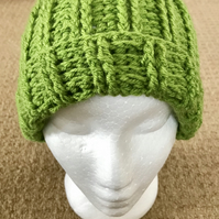 Womens Green Ribbed Beanie with rim.