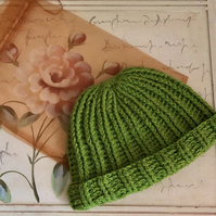 Womens Green Ribbed Beanie With Up or Down Rim