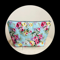 Toiletry bag. Duck egg  floral design. Fully lined with box base shape.
