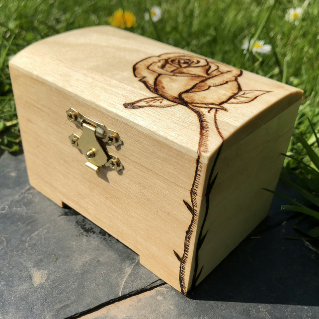 Mini wooden rose chest with rose engraved and optional name