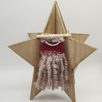 Christmas wallhangings, decorations, tree decorations