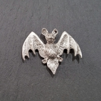 Bat pin badge  pp1,  45 mm wide