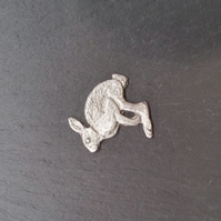 Hare pin badge,  pp12  35mm wide
