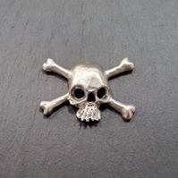 Skull pin badge,  pp25  40mm long