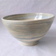 AGATE WARE BOWL, WHITE, GREEN AND BLUE EARTHENWARE DIAMETER 18 CMS