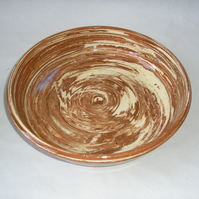 AGATE WARE EARTHENWARE DISH WHITE RED AND TERRACOTTA 24 CMS DIAMETER