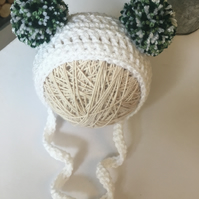 Crochet Baby Bonnet, White Baby Hat, Size 3-6 Mths