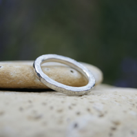 CHUNKY STERLING SILVER HAMMERED 'DIMPLED' BAND RING
