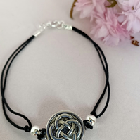 Celtic knotwork bracelet