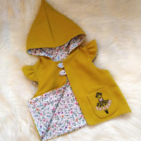Gorgeous Girls Yellow hooded gillet Ballerina embroidery age 3-4