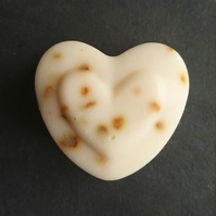 Flower Buff Heart Soap - English Lavender, Geranium & Tea Tree