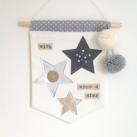 Nursery decor - 'Wish upon a star' - Wall hanging - Nursery - Pom Pom