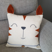 Reading Cushion - TOM CAT - Kids reading buddy - Child's room decor