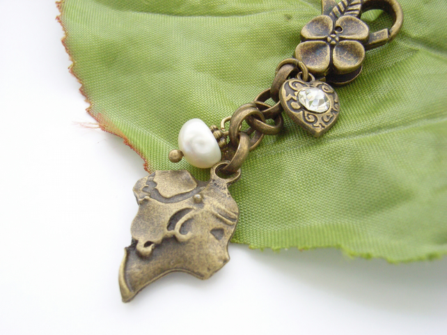 Cameo, pearl and heart  vintage style bag charm