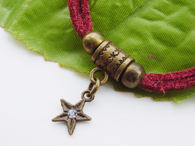 Tiny star bronze crystal necklace