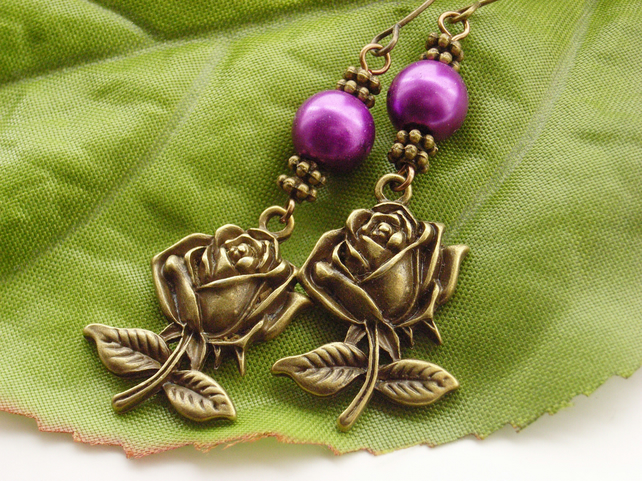 Rose charm faux pearl purple beaded earrings
