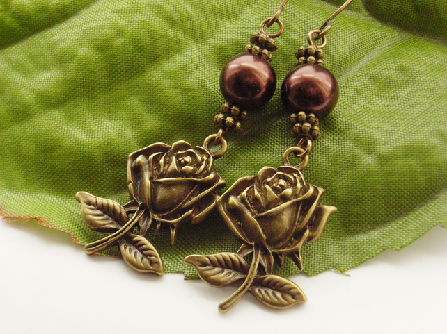 Rose and chocolate faux pearl earrings