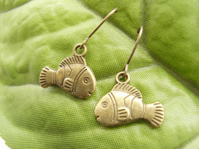Little fish charm earrings rustic style animals