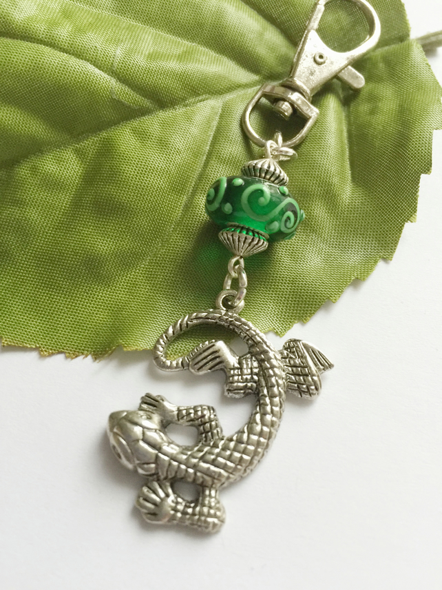 Bag charm with silver gecko lizard charm and green glass bead