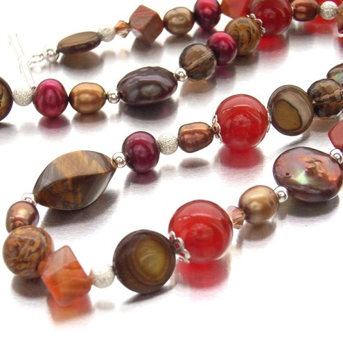Handmade spicy carnelian, quartz and pearl necklace