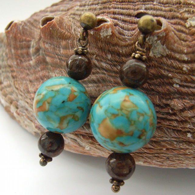 Earrings blue and brown beads