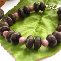 Gemstone bracelet in coffee jasper and pink rhodonite