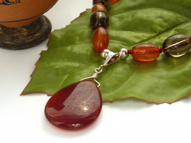 Necklace smoky quartz and carnelian