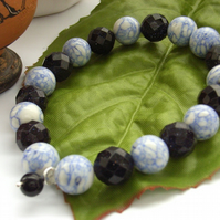 Stretchy bracelet blue gemstones