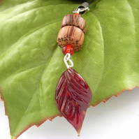 Autumn leaves Phone charm red