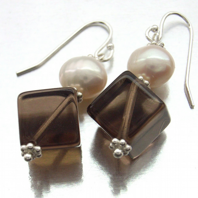Quartz pearl earrings sterling silver