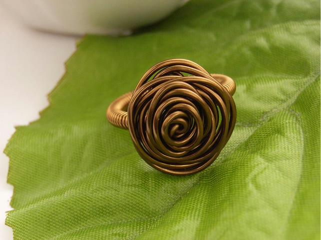Vintage style wire rose ring UK size M US size 6
