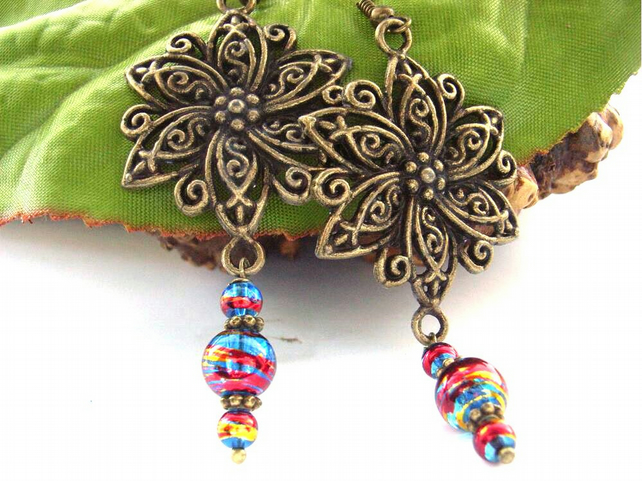Glass bead flower charm vintage style earrings