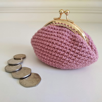 Vintage Style Coin Purse with Kiss Lock Clasp in Rose Pink